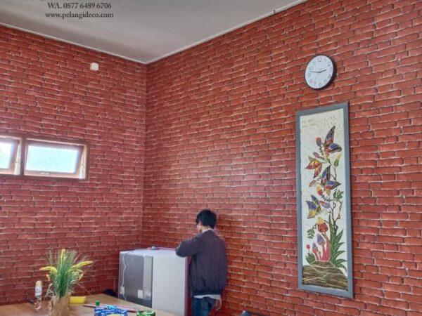 Pemasangan Wallpaper di Maguwoharjo Yogyakarta